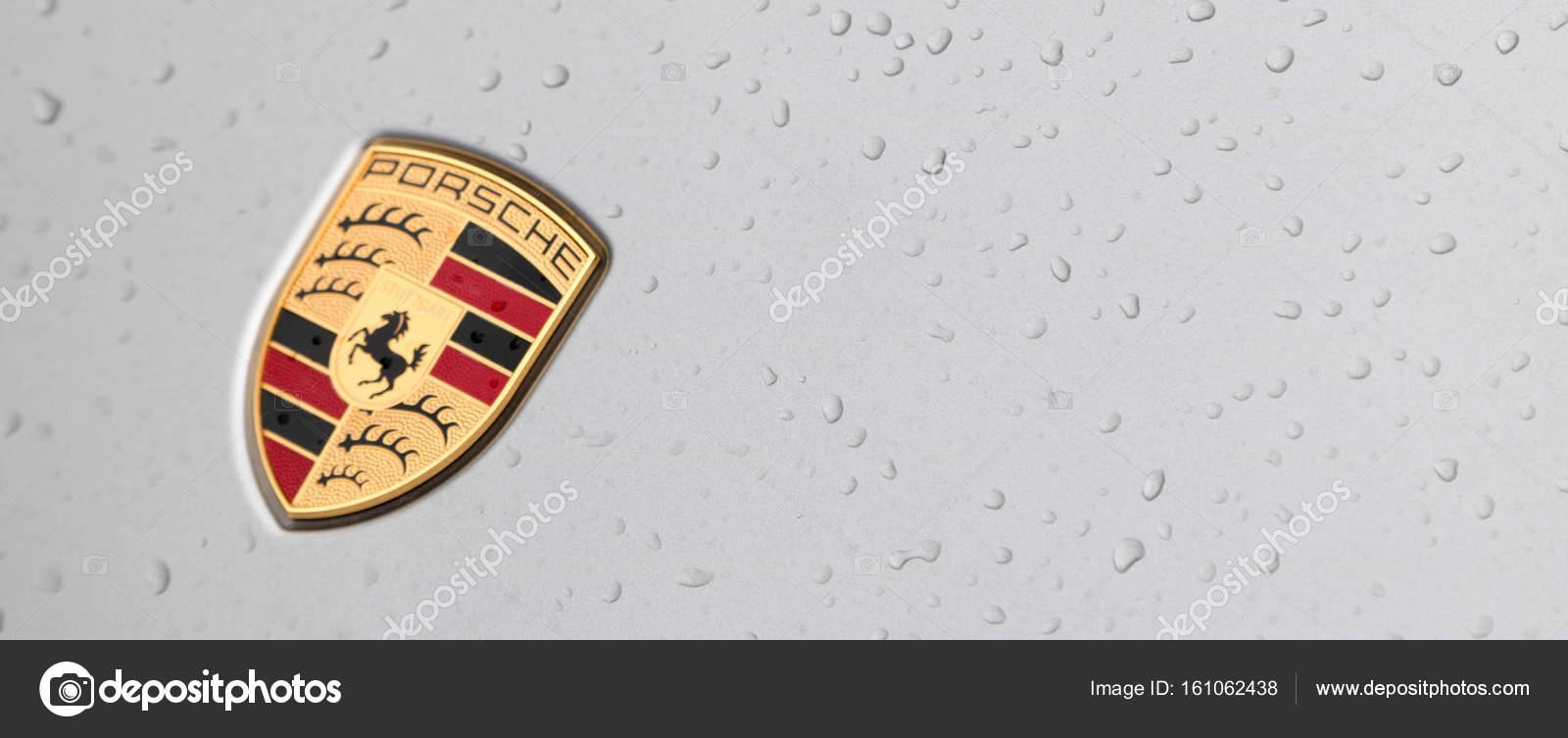 Dubai Circa February 2017 Famous Porsche Sport Car Symbol Ma