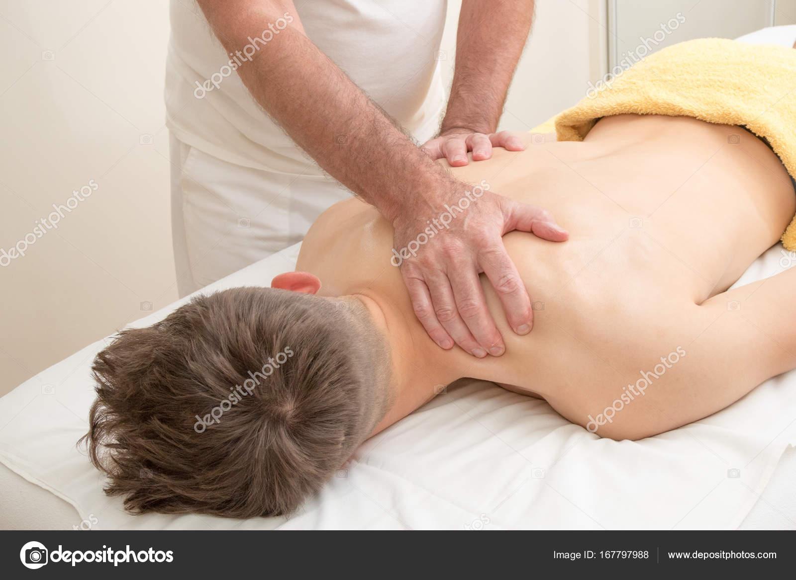 Секс принудительный на массаже, Порно видео с массажем, делает массаж парню 14 фотография