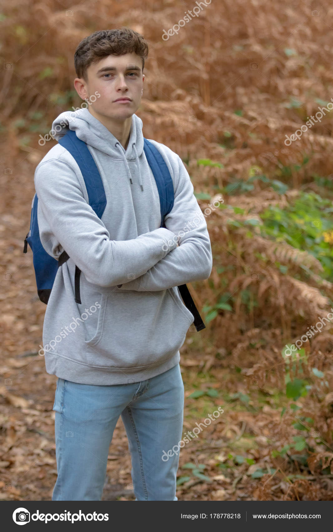 18 year old teenage boy outside — Stock Photo