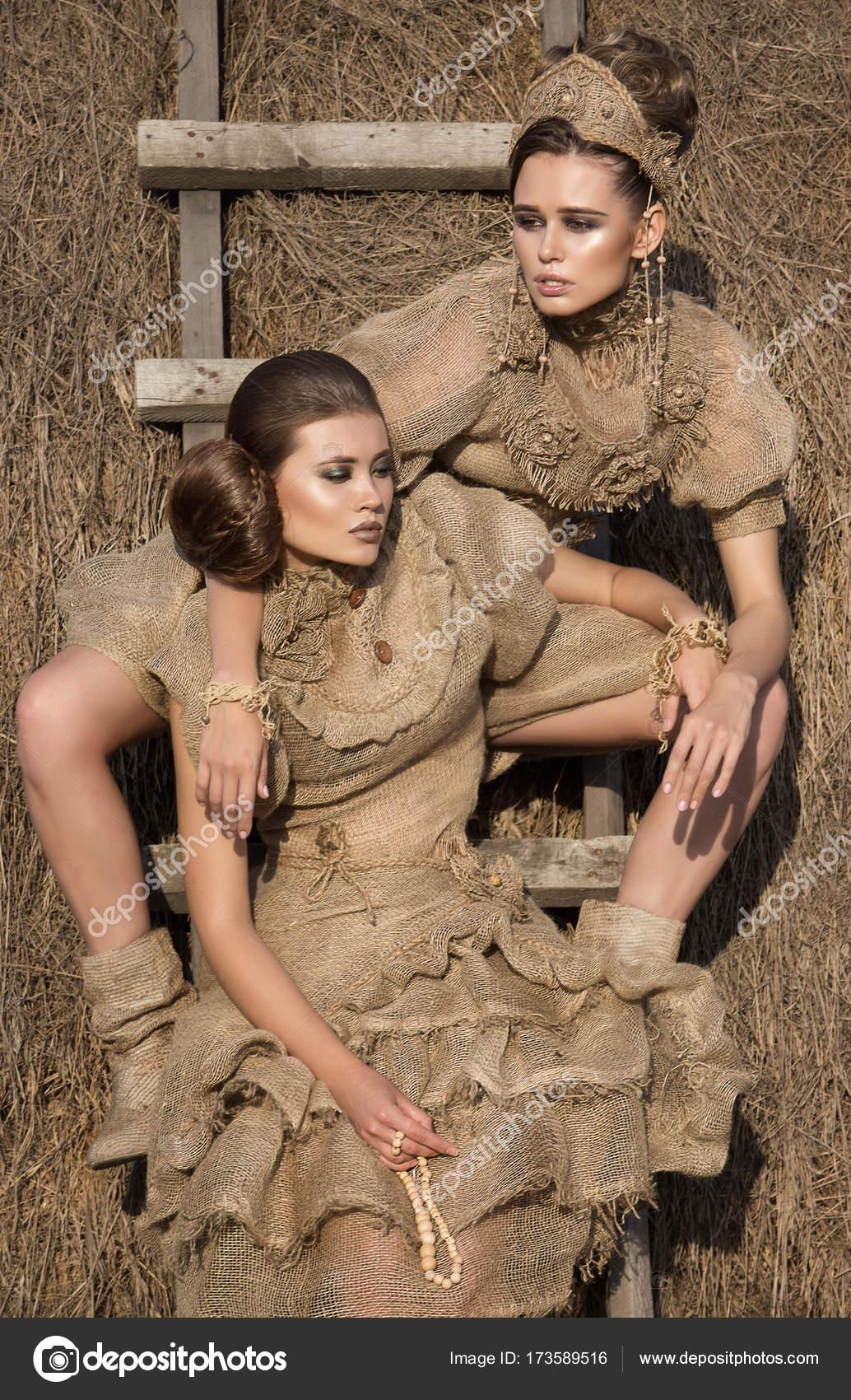 Vestidos Dos ChicasModelosAmigos Hermosas Hermosos Rurales En dsrtxBQCh