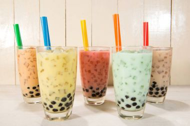 Milk tea with ice pearls