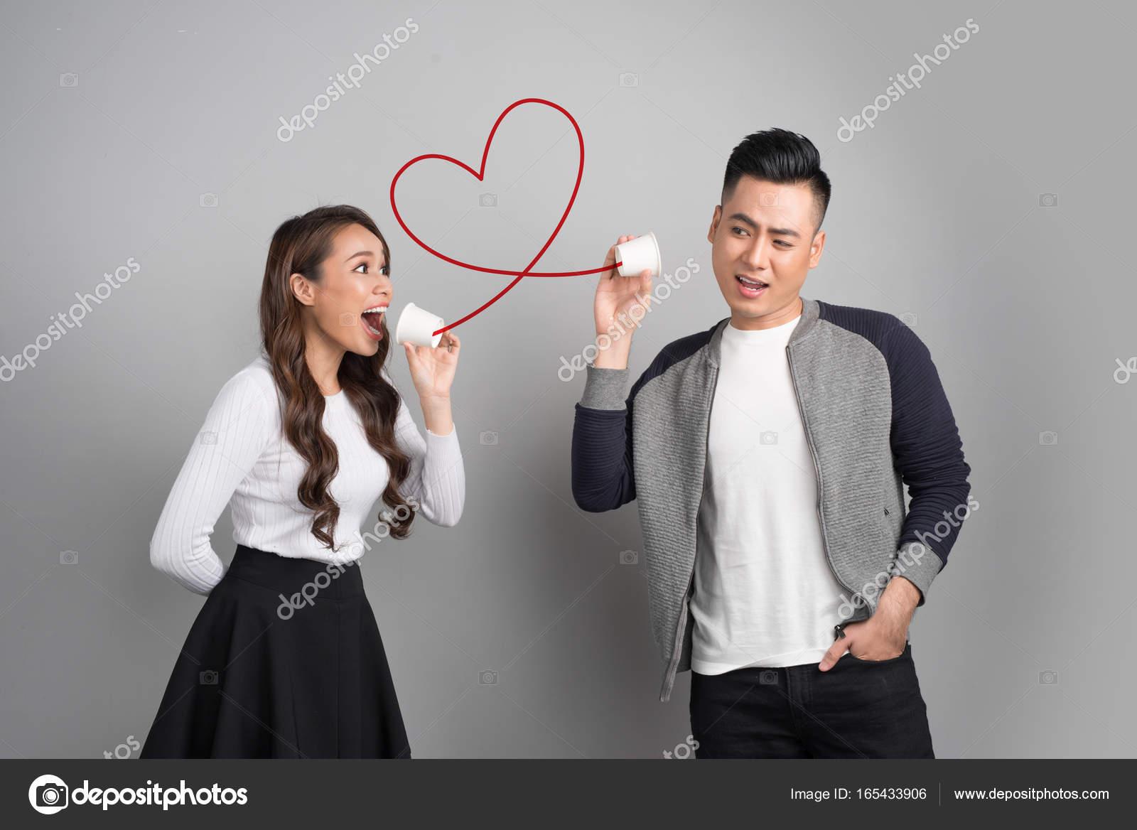 Asiatische Datierung weißer Kerl Dating-Website für Witwen