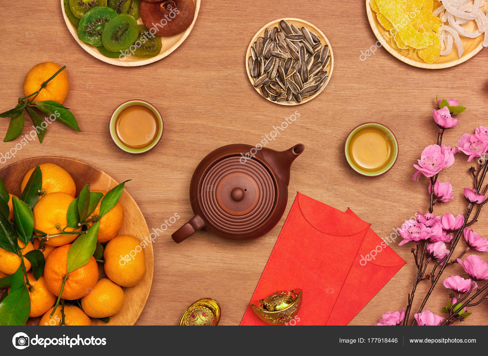 Chinese New Year Traditional Table Setting Tangerines \u2014 Stock Photo & Chinese New Year Traditional Table Setting Tangerines \u2014 Stock Photo ...