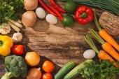 Fotografie Čerstvé ovoce a zeleniny. Pohled shora s kopií prostor