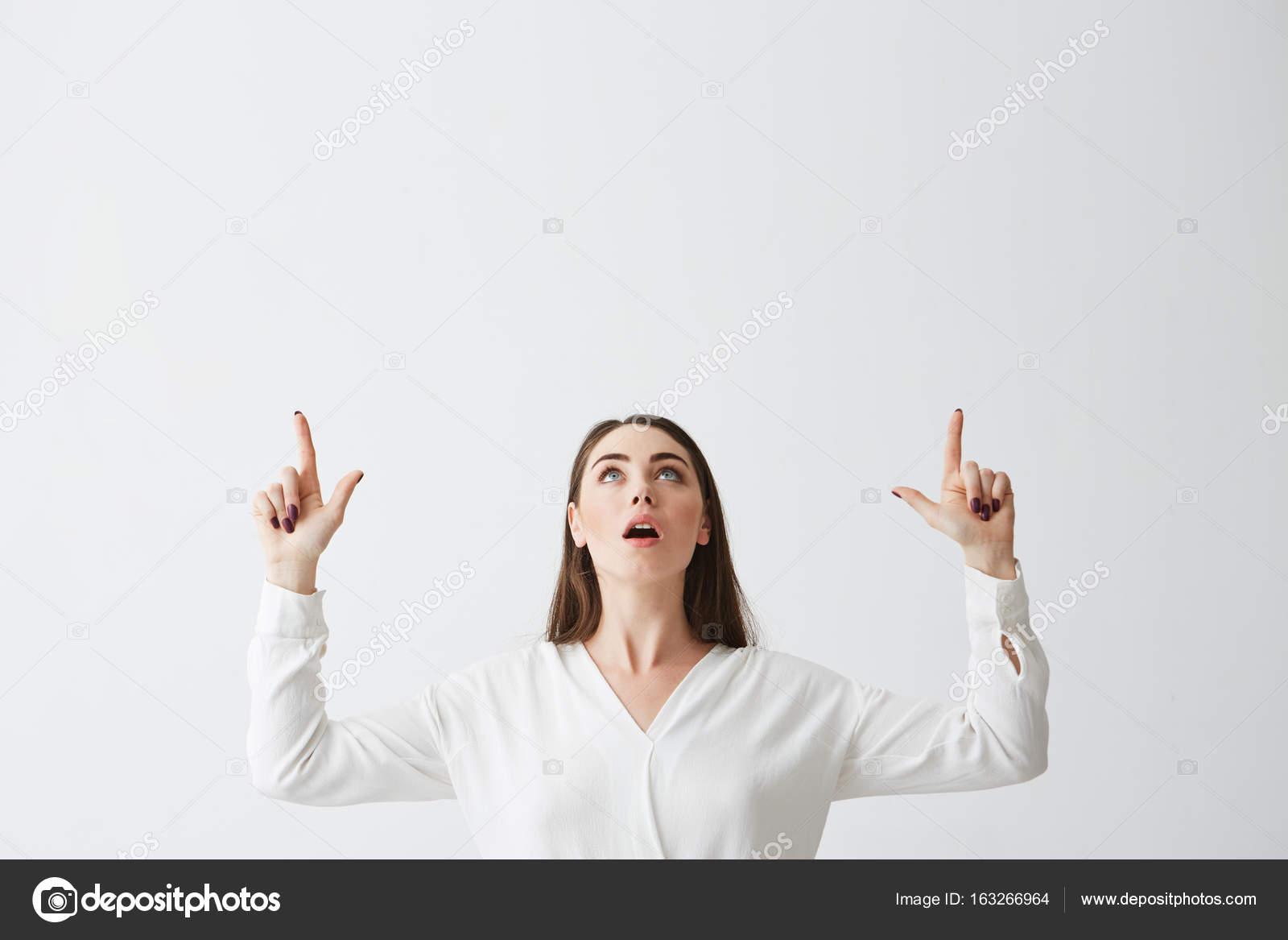 Раздевание девушки пальцами — pic 1