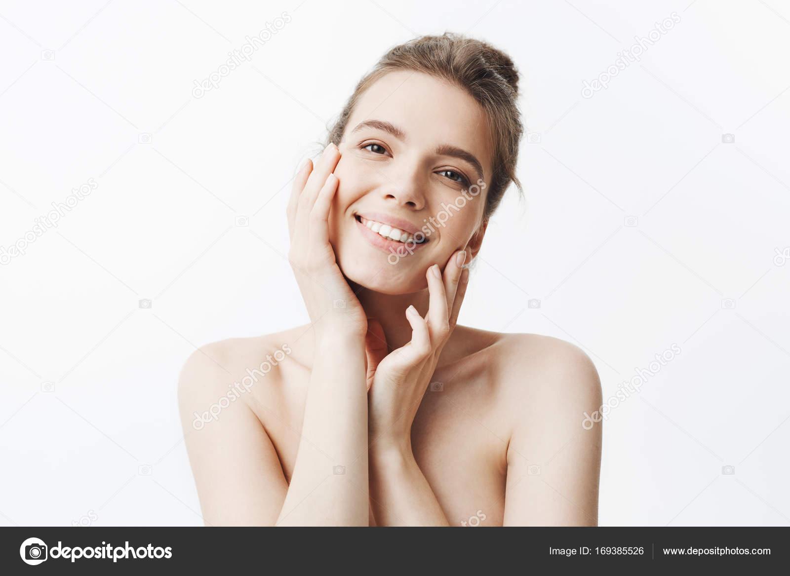 κορίτσι γυμνό κάμερες