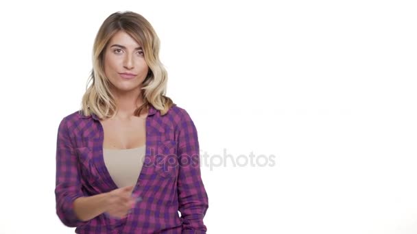 kopie prostoru portrét rád dlouhé vlasy-ženy s hazel oči ukazováčkem na něco zajímavého zobrazeno palec nahoru nad bílým pozadím ve studiu. Pojetí emocí
