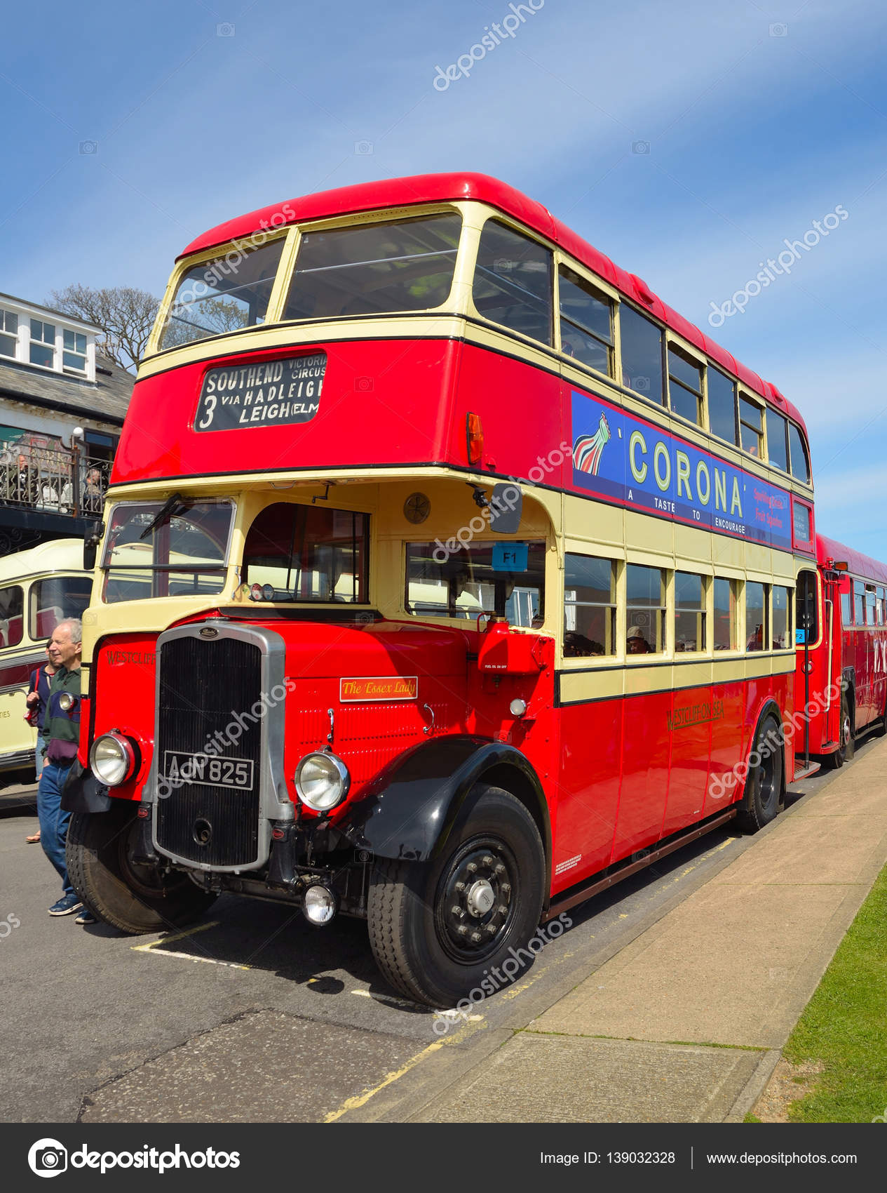 Vintage Red and Cream Bristol K5G Double Decker Bus – Stock ...