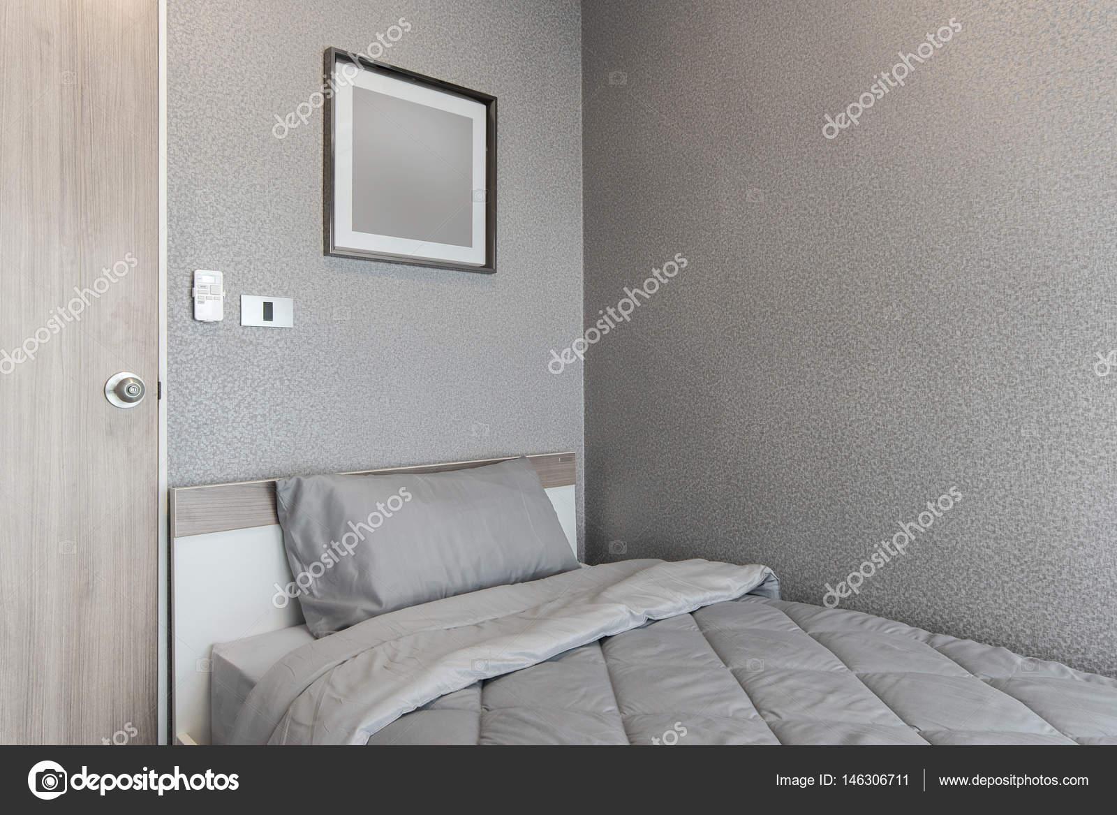 Design moderno camera da letto, letto singolo — Foto Stock ...