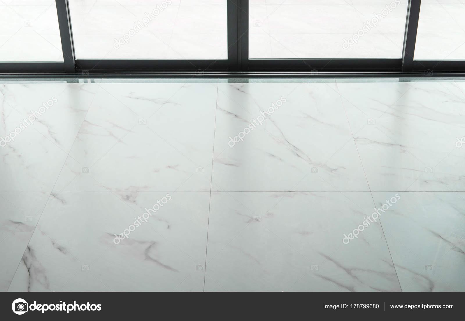 Fußboden Fliesen Marmor ~ Marmor bodenfliesen in der glastür u2014 stockfoto © kitthanes r.hotmail