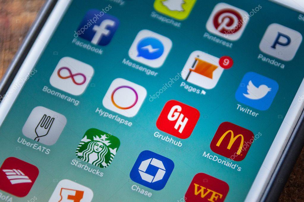 LAS VEGAS, NV - September 22  2016 - GrubHub App Icon On