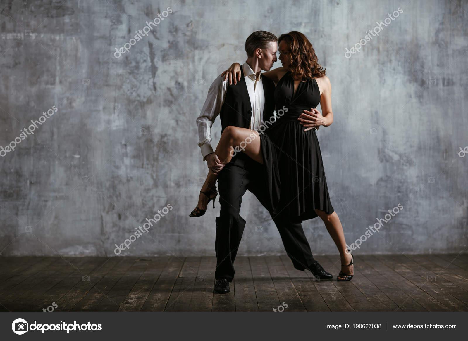 Latinas dating uomo nero