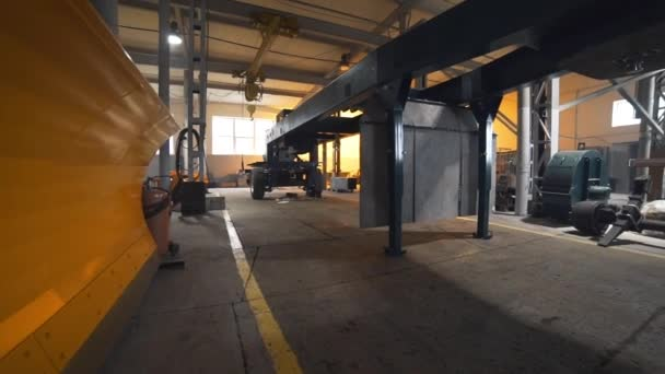 Steel base on wheels for trailer of heavy truck, manufacturing of complex equipment, truck manufacturing, motor and wheeled tractor plant