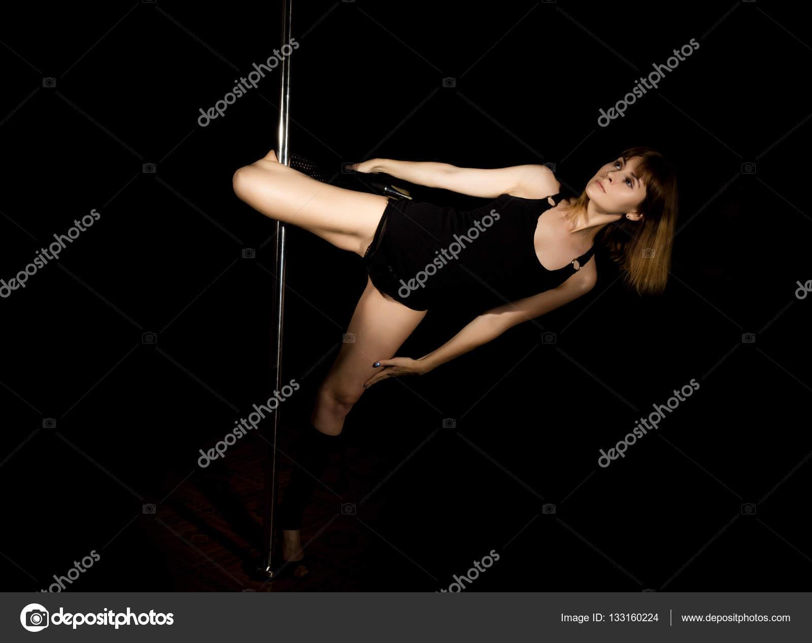 Танцовщицы сексуальных танцев