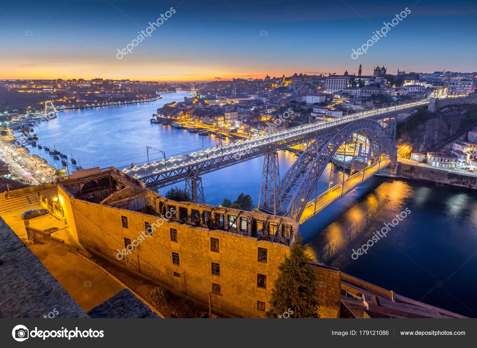 paisagem cidade porto portugal fotografias de stock kanuman 179121086. Black Bedroom Furniture Sets. Home Design Ideas