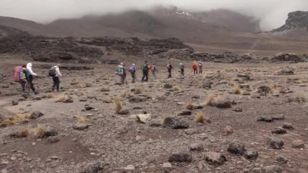 Nyomon követni a Machame útvonal Whiskey a Kilimandzsáró. 3 nap