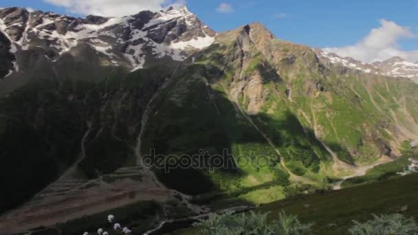 2013 08 mount Elbrus, Rusko: vylézt na horu Elbrus