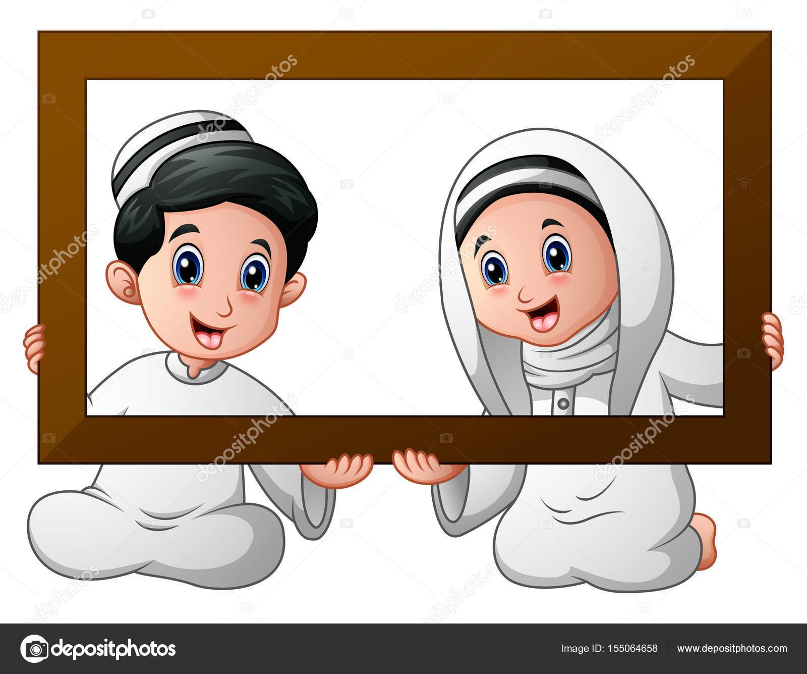 Muslimische Kind paar hält Holz Rahmen und feiern ramadan ...