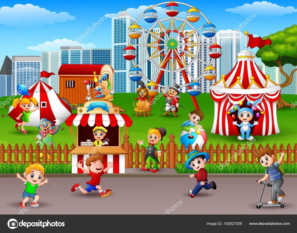 Crianças Se Divertindo No Parque