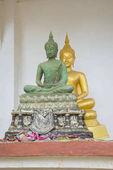 Socha Buddhy v jednom z chrámů v Thajsku