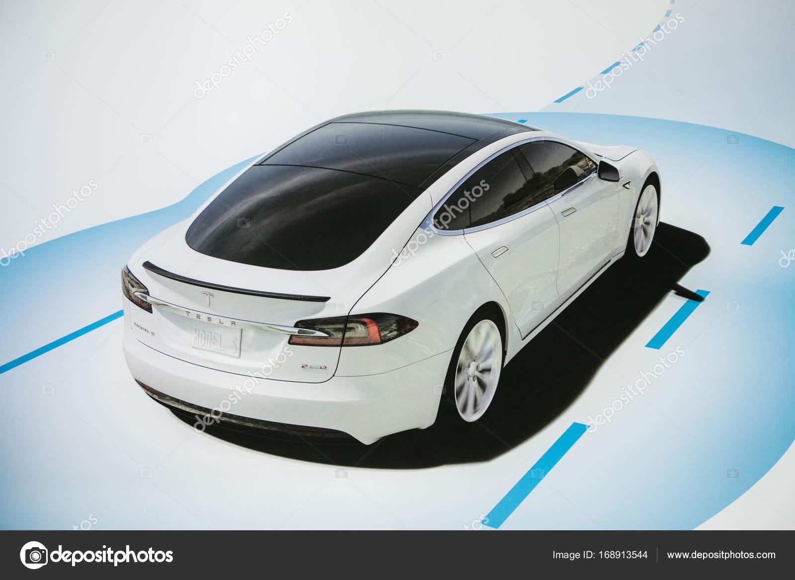 Berlin 2 Oktober 2017 Foto Des Bildes Ein Elektrofahrzeug Tesla