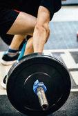 mužské sportovce na vzpírání školení