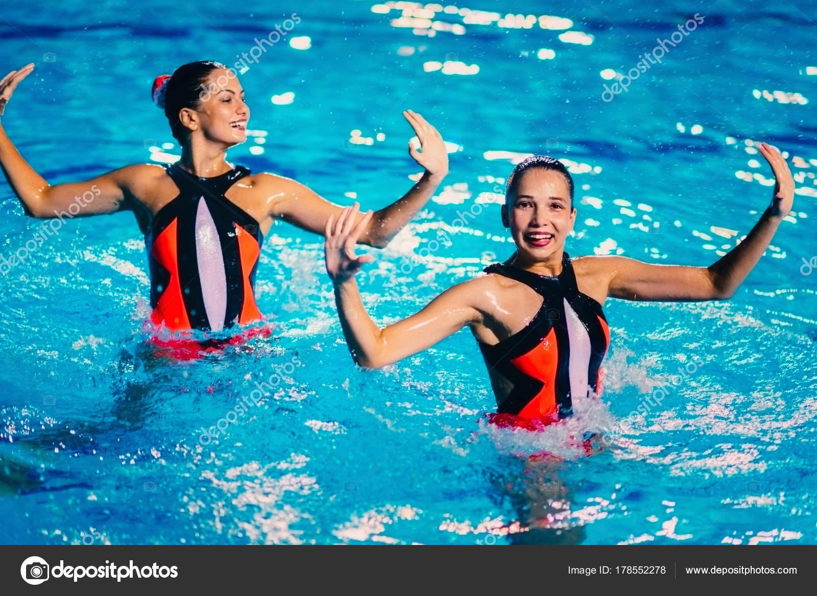 d20dca2c25aa Deportes acuáticos natación   Dúo Natación Sincronizada Rendimiento ...