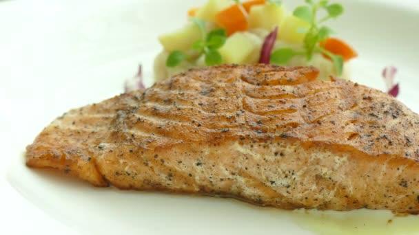 gegrilltes Lachsfleisch Steak