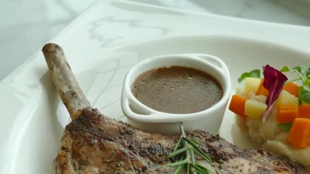 Grilovaný vepřový steak
