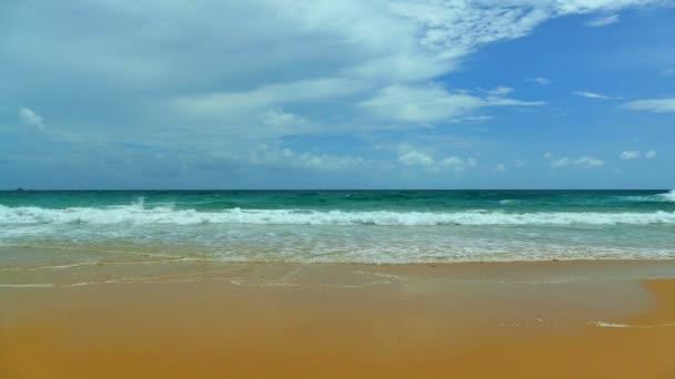 strand és a tenger, a sziget Maldív-szigetek