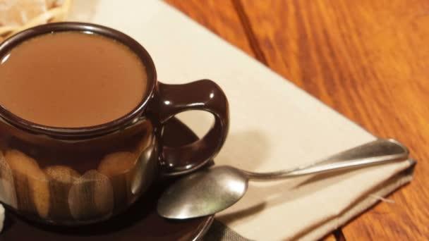 Kávé, tej, cukor és gingerbreads