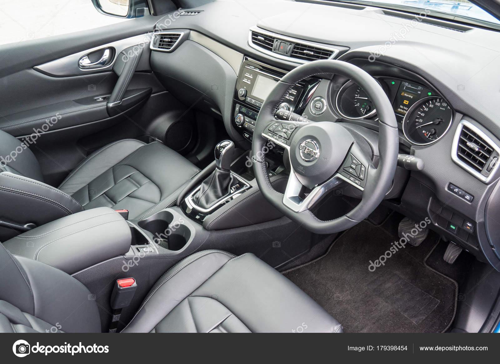 Nissan Qashqai 2017 Interior — Redaktionelles Stockfoto © teddyleung ...
