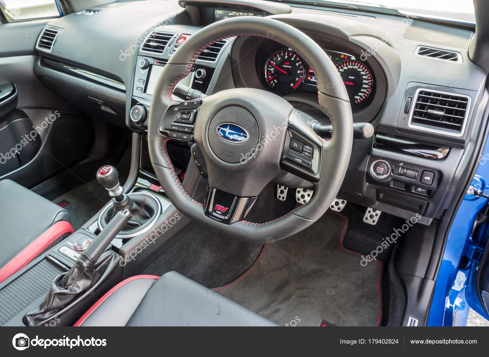 Subaru Wrx Sti 2017 Interieur Redaktionelles Stockfoto