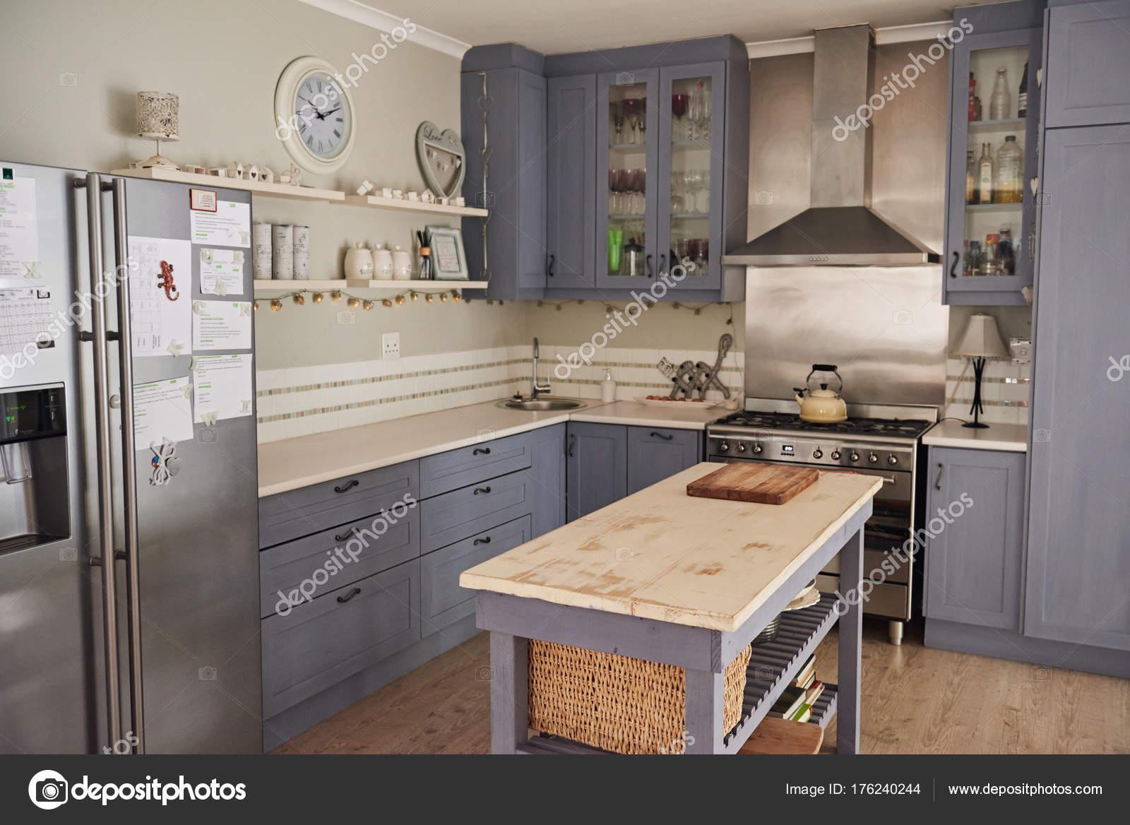 Case Stile Countryfoto : Cucina in stile country u foto stock mavoimages