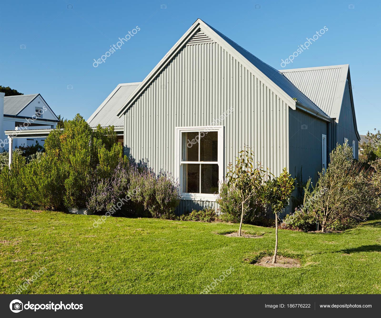 Exterior Rear Facade Large Backyard Contemporary Country
