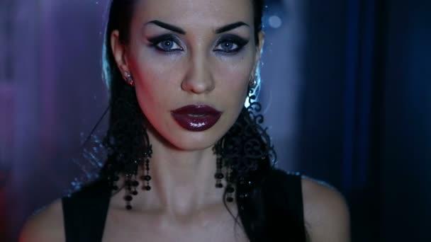 Sexy žena s večer slavnostní make-up