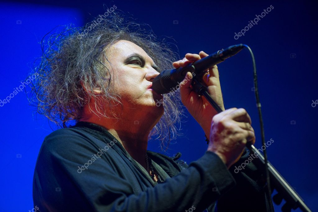 The cure robert smith net worth-6773