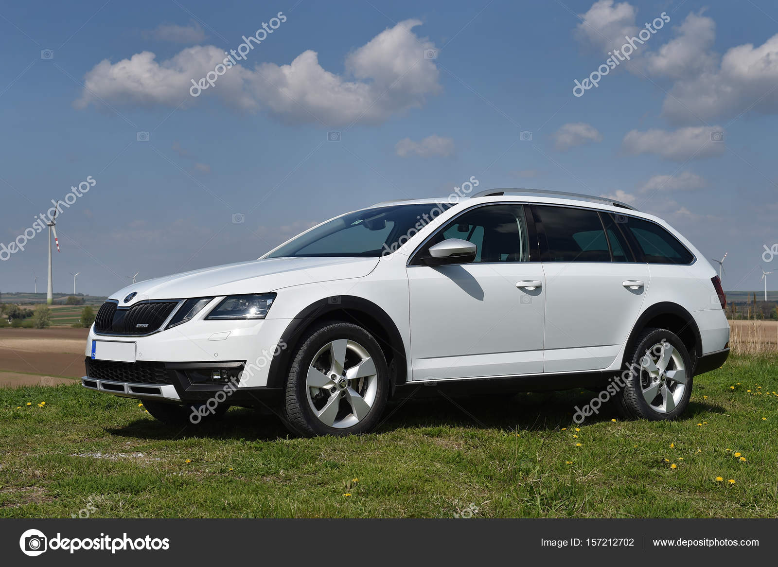 skoda octavia scout redaktionelles stockfoto yakub88 157212702. Black Bedroom Furniture Sets. Home Design Ideas