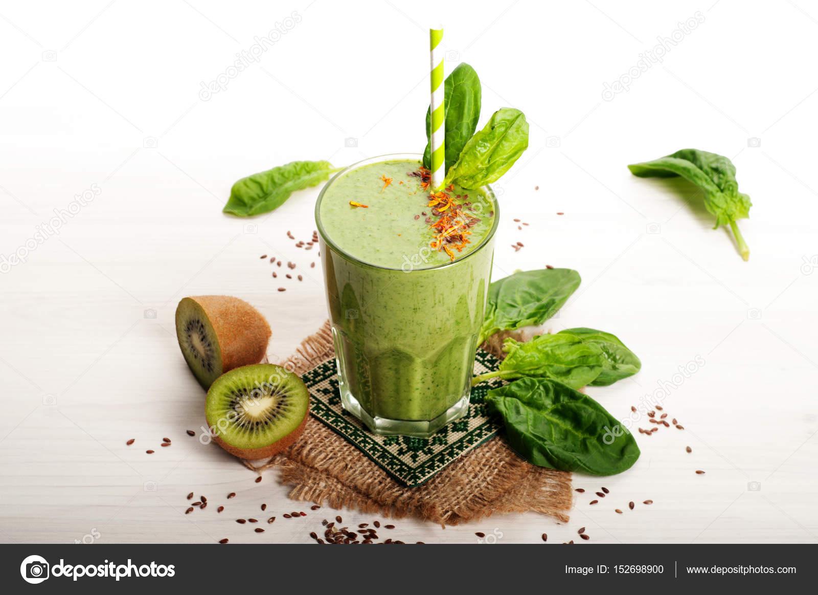 Grune Smoothies Gesunde Diat Erfrischungsgetrank Aus Apfel Kiwi
