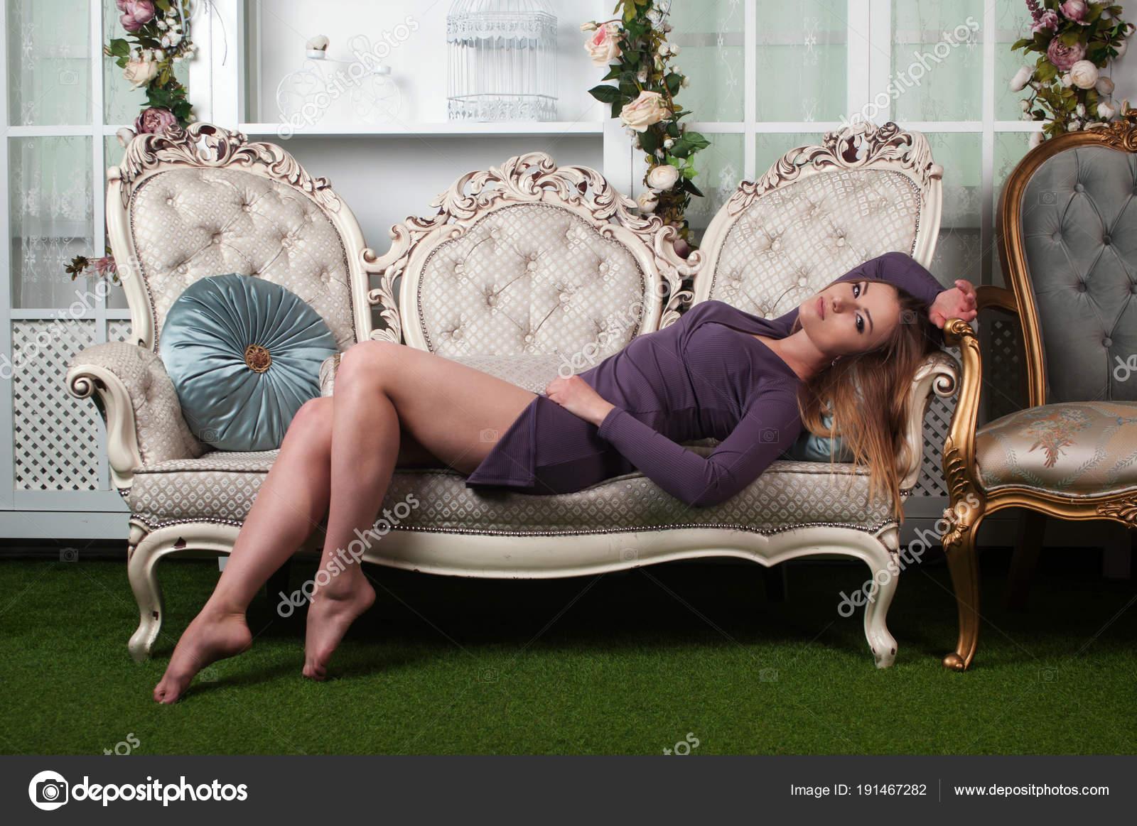 langbeinige Mädchen Bilder