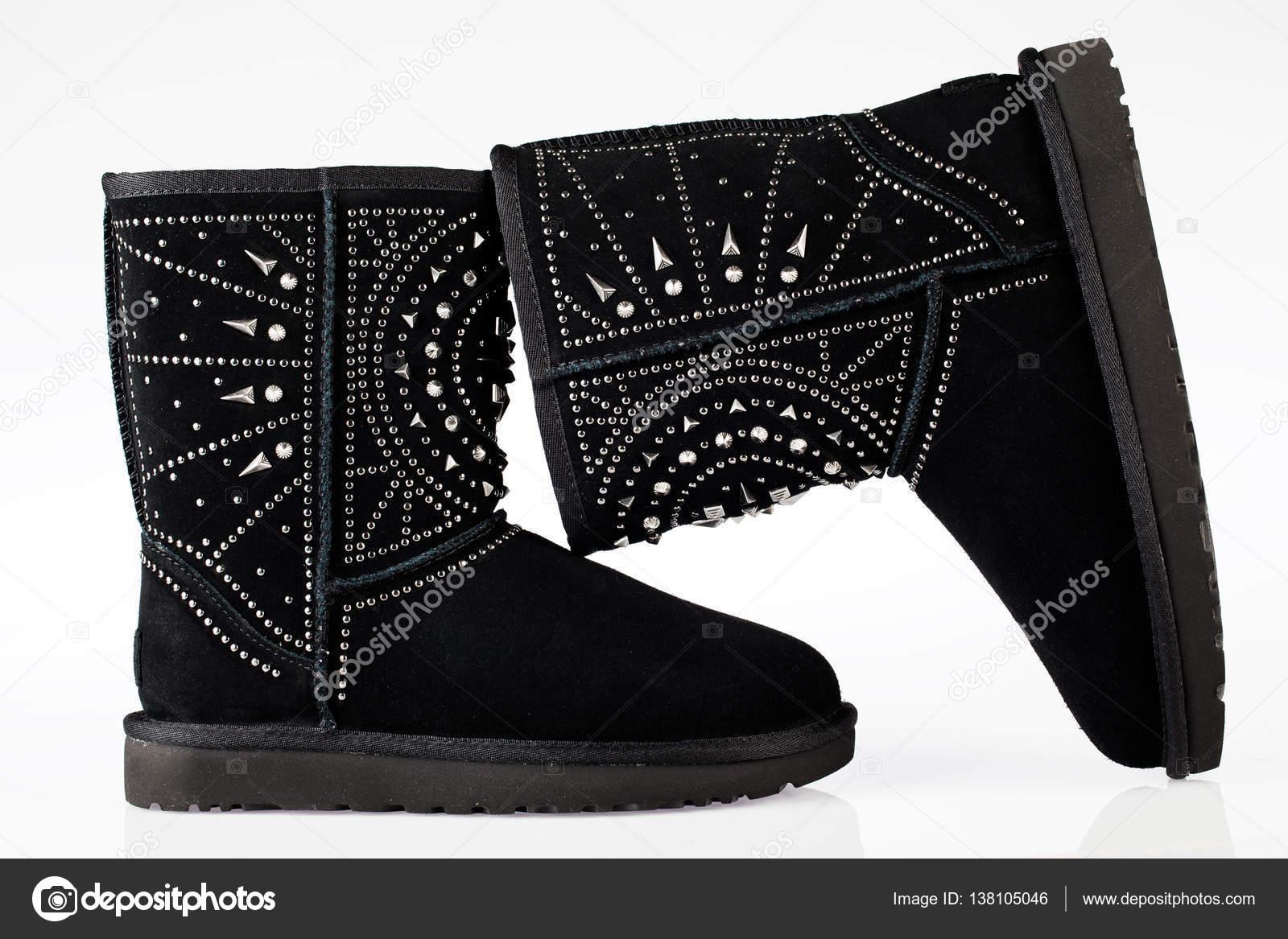 UGG Nieten Stiefel — Stockfoto © Lecaro #138105046