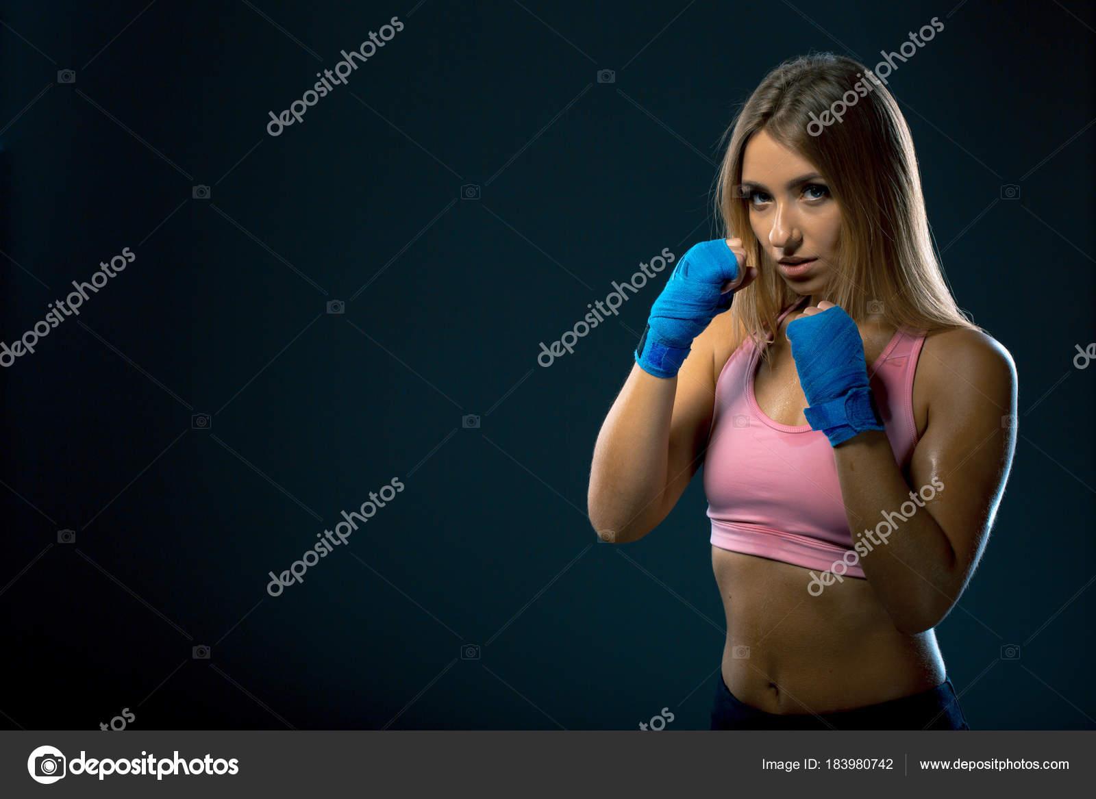 Сексуальные девушки любят бокс