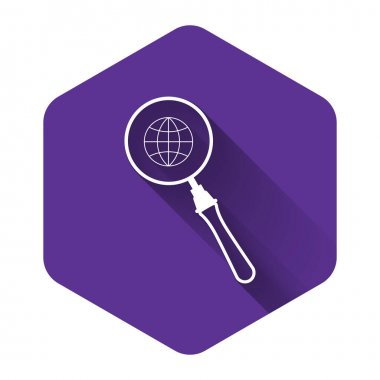 White Magnifying glass with globe icon isolated with long shadow. Analyzing the world. Global search sign. Purple hexagon button. Vector Illustration