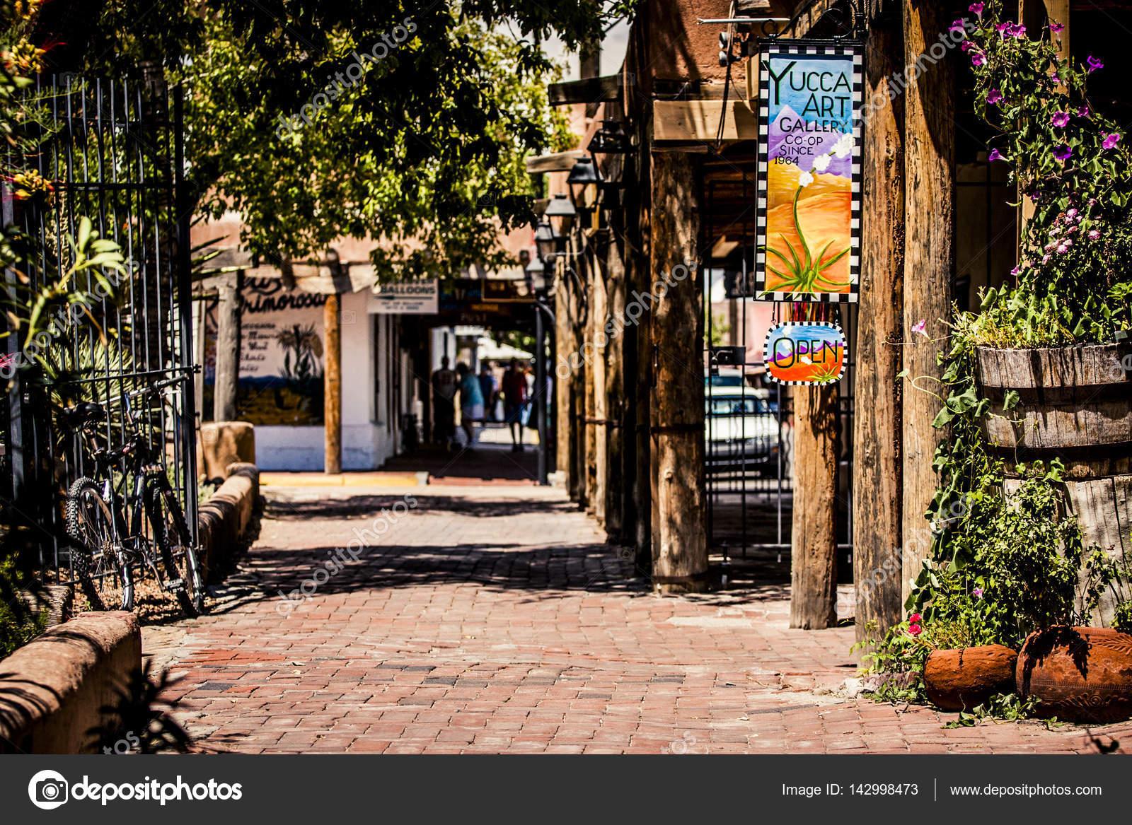Old Town Santa Fe >> Old Town Santa Fe Stock Editorial Photo C Baiterek Media