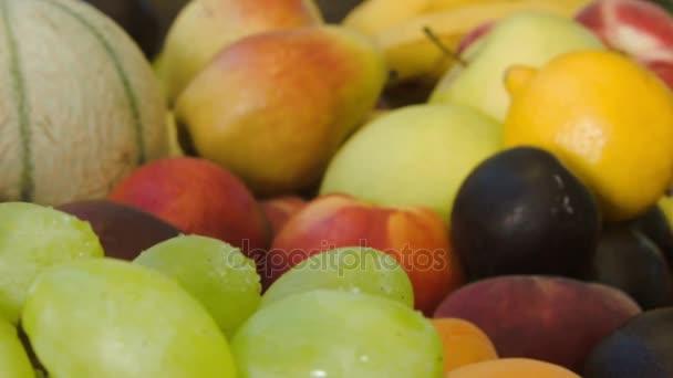 Polárszűrő az érett, zamatos, zöld szőlő