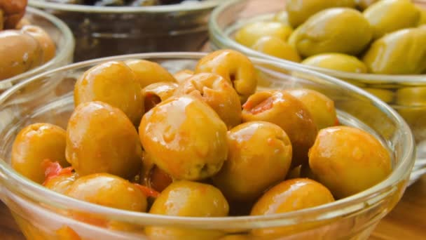 olives stuffed with paprika
