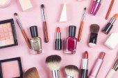 Růžové kožené tvoří pytel s kosmetické Kosmetické výrobky spillin