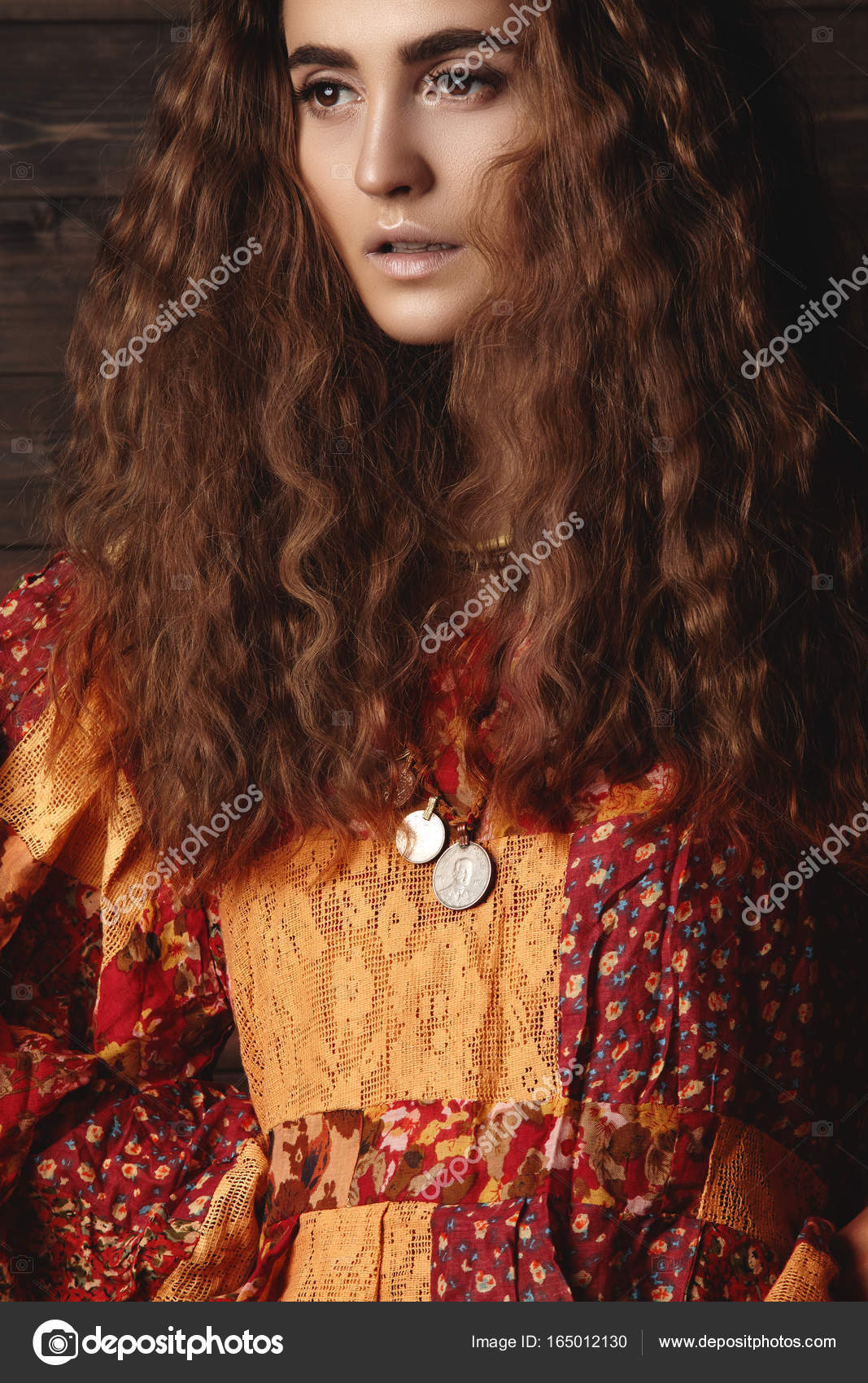 Beautiful Young Woman With Long Curly Hairstyle Fashion Jewelry - Curly hairstyle indian