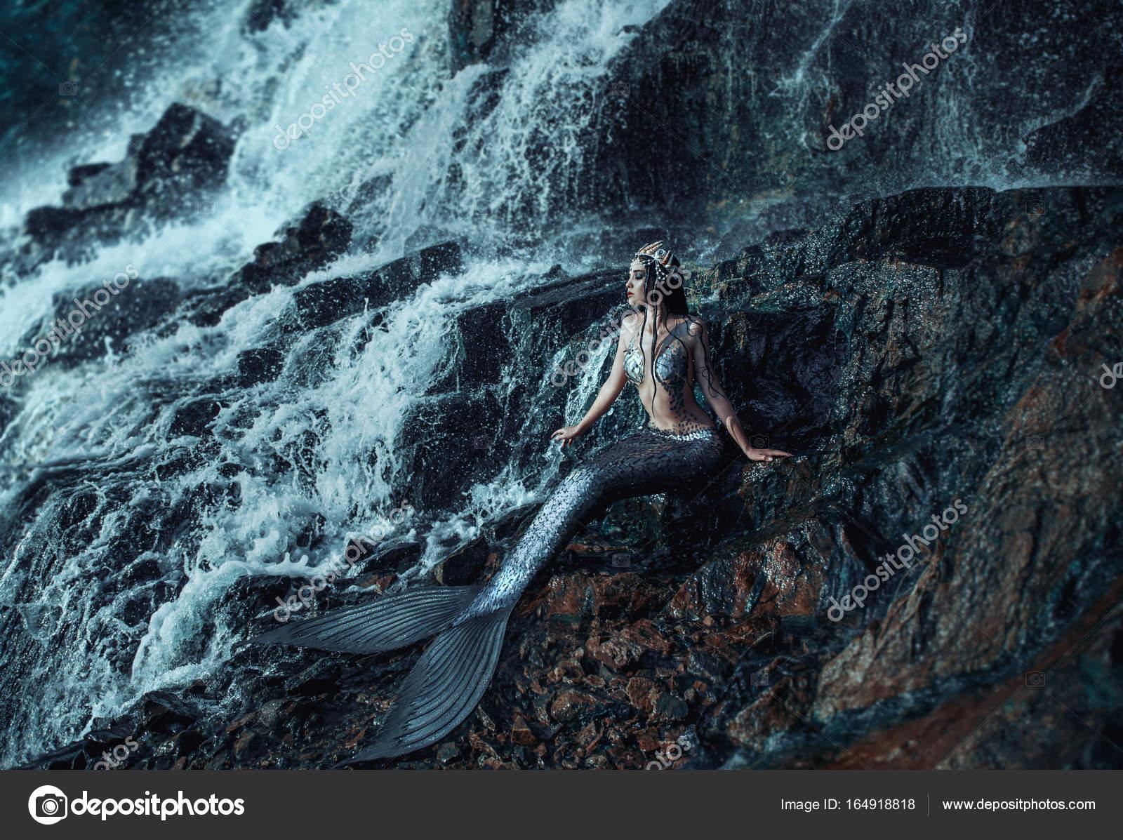 La vera sirena foto stock 164918818 - Immagini della vera sirena ...