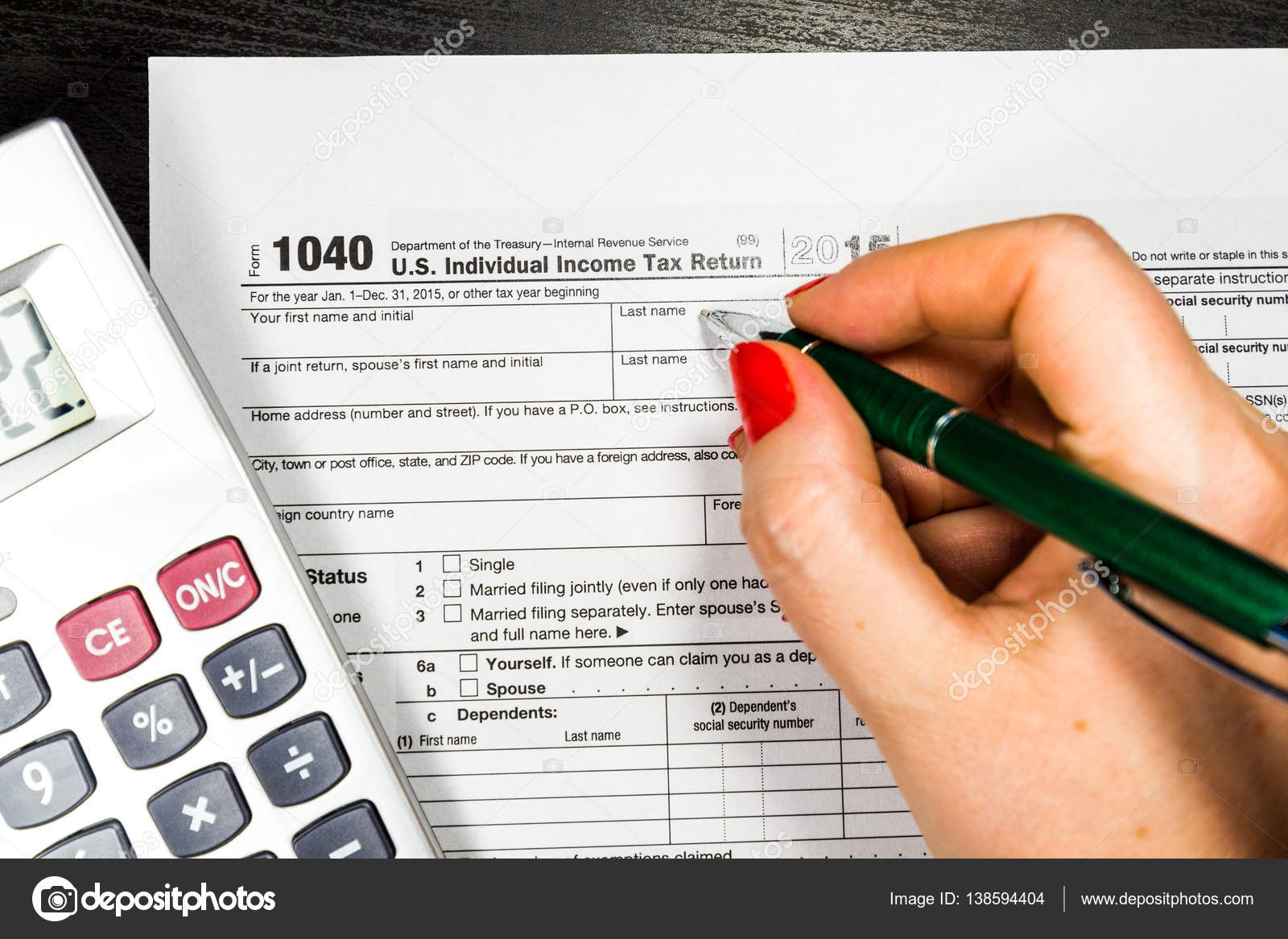 individuelle Einkommensteuererklärung leer — Stockfoto © DaLiu ...